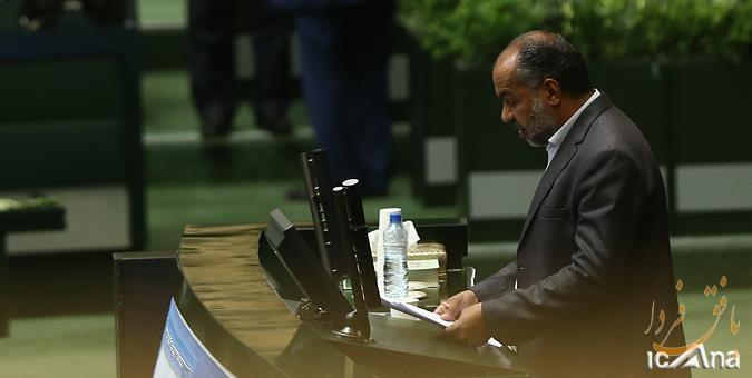 تذکر امروز محمدرضا صباغیان در مجلس درباره مؤسسات مالی ،عدم تمدید وام کشاورزان و مشکلات جاده