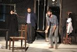 """انتخاب نمایش """"دور از دسترس اطفال نگهداری شود """" در بین آثار منتخب بیست و هفتمین جشنواره استانی یزد"""