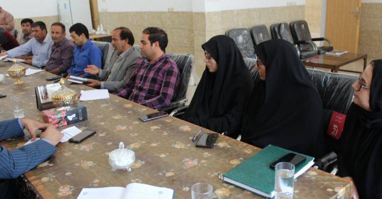 تشریح طرحهای کارورزی مشوق بیمه ای و مهارت آموزی در محیط کار واقعی و مشوقات تامین اجتماعی در اتاق اصناف بافق