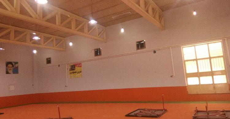بهسازی و نوسازی سالن تنیس روی میز مجموعه ورزشی آزادگان اداره آموزش و پرورش بافق