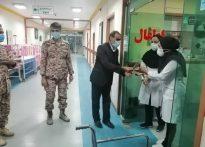 مدافعان بافقی حرم حضرت زینب سلام الله علیها با حضور در بیمارستان بافق از مدافعان سلامت  تقدیر کردند