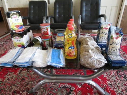 مرحله ی دوم توزیع بستههای معیشتی به همت کارکنان اداره منابع طبیعی شهرستان بافق
